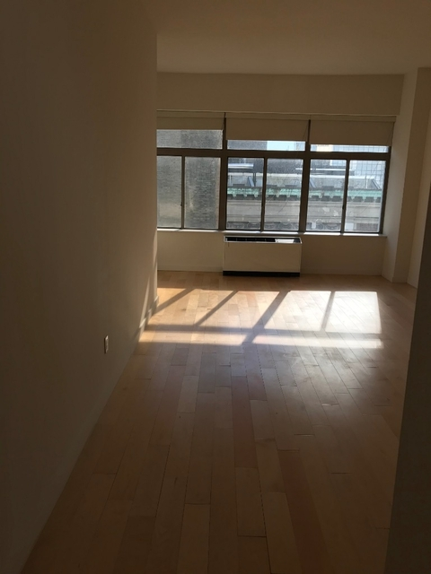 Studio, Financial District Rental in NYC for $2,300 - Photo 2