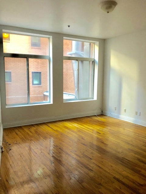 3 Bedrooms, Financial District Rental in NYC for $3,550 - Photo 1