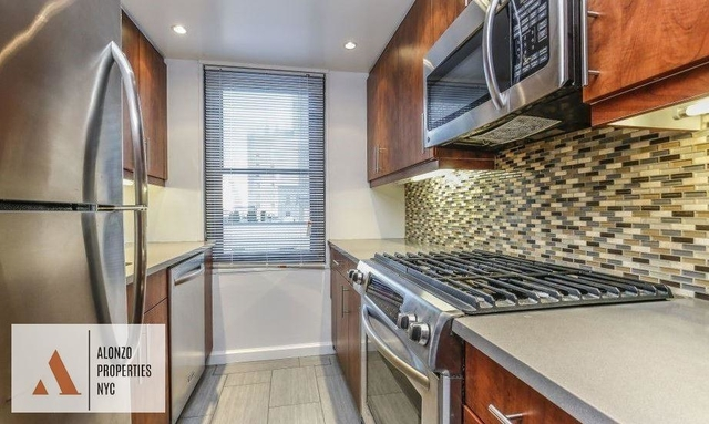 2 Bedrooms, Hell's Kitchen Rental in NYC for $5,525 - Photo 1
