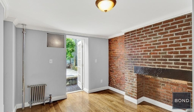 3 Bedrooms, East Village Rental in NYC for $6,695 - Photo 1