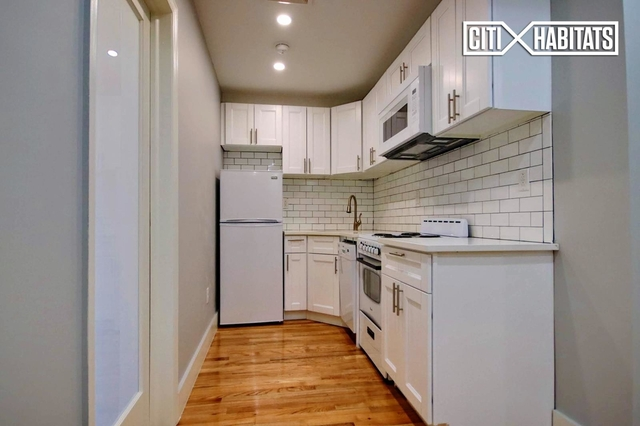 2 Bedrooms, Greenwich Village Rental in NYC for $4,125 - Photo 2
