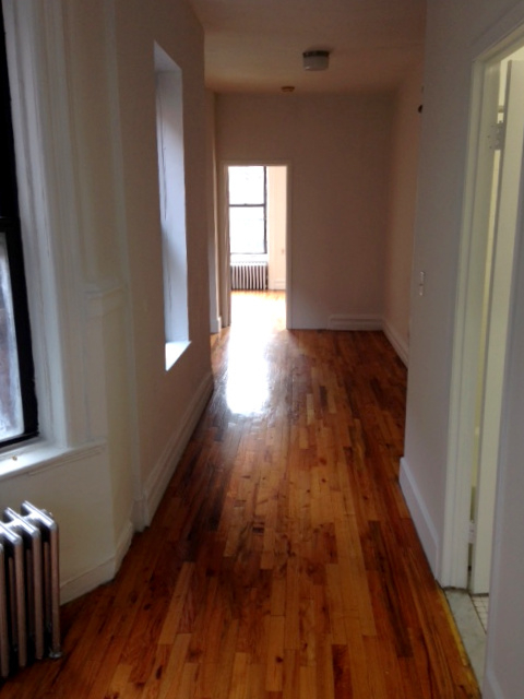 1 Bedroom, Chelsea Rental in NYC for $2,395 - Photo 2