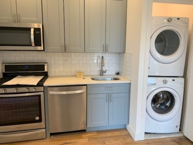 Room, Ridgewood Rental in NYC for $750 - Photo 1