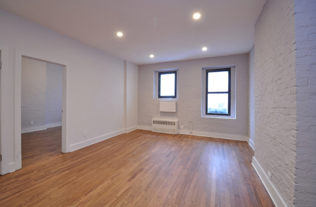 3 Bedrooms, Yorkville Rental in NYC for $4,350 - Photo 1