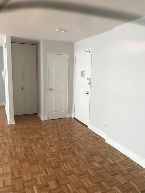 Studio, Lincoln Square Rental in NYC for $3,225 - Photo 2