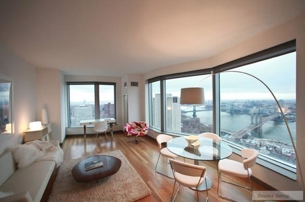 2 Bedrooms, Financial District Rental in NYC for $7,300 - Photo 2