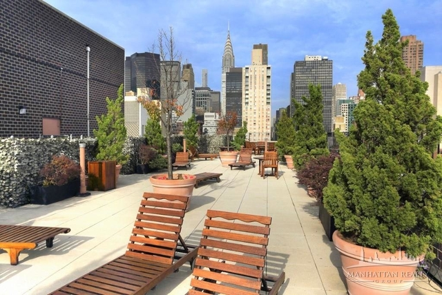 1 Bedroom, Rose Hill Rental in NYC for $3,190 - Photo 2