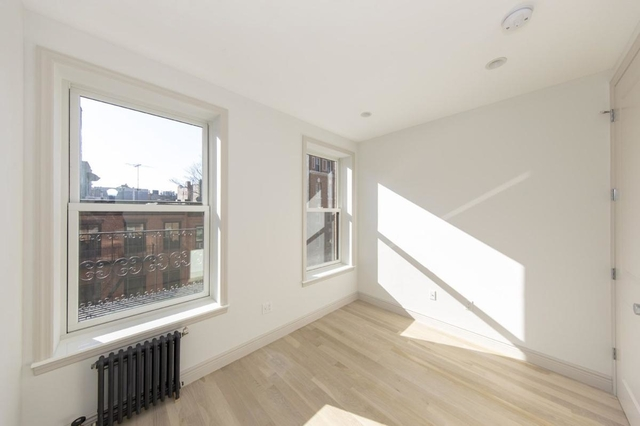 3 Bedrooms, West Village Rental in NYC for $13,840 - Photo 1