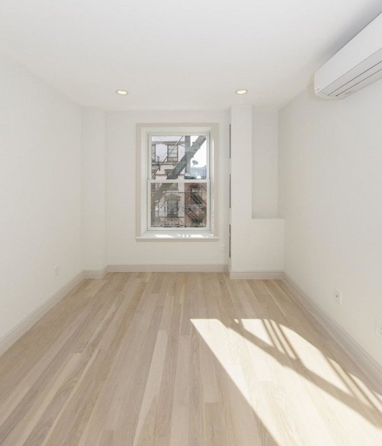 3 Bedrooms, West Village Rental in NYC for $13,840 - Photo 2