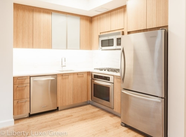 2 Bedrooms, Battery Park City Rental in NYC for $9,121 - Photo 2