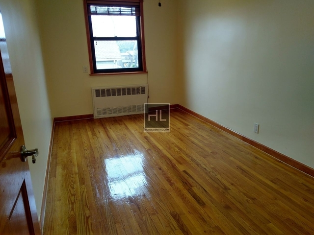 2 Bedrooms, Queensboro Hill Rental in NYC for $2,000 - Photo 1