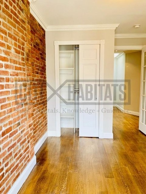 3 Bedrooms, Hell's Kitchen Rental in NYC for $4,600 - Photo 1