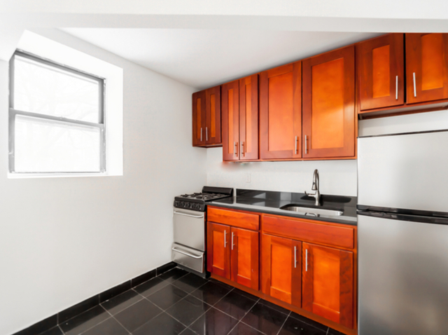 2 Bedrooms, SoHo Rental in NYC for $2,850 - Photo 1