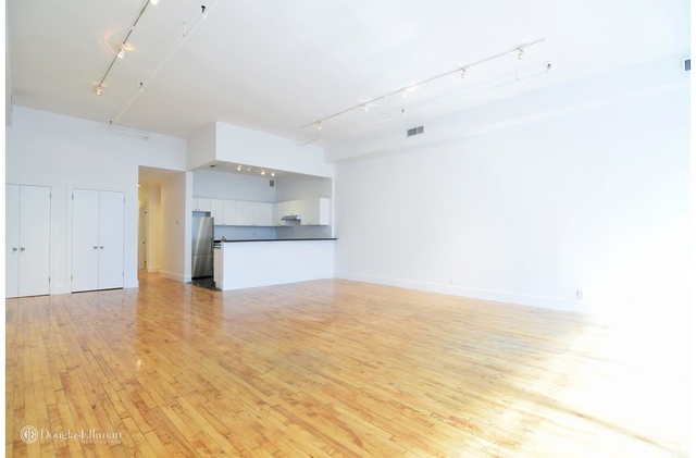 2 Bedrooms, Tribeca Rental in NYC for $6,650 - Photo 2