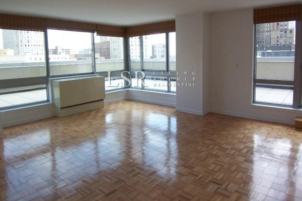 2 Bedrooms, Civic Center Rental in NYC for $3,450 - Photo 2