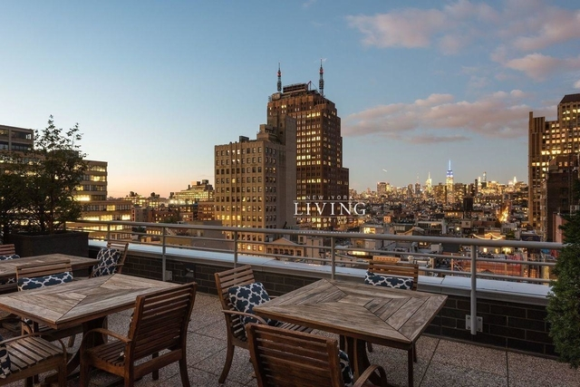 2 Bedrooms, Tribeca Rental in NYC for $7,200 - Photo 2