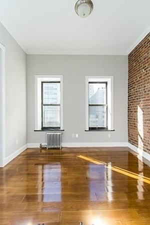 3 Bedrooms, Alphabet City Rental in NYC for $4,325 - Photo 2