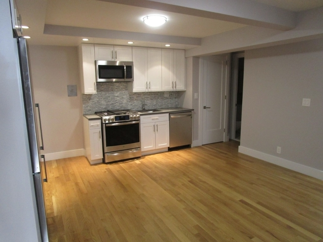 3 Bedrooms, Turtle Bay Rental in NYC for $5,350 - Photo 1
