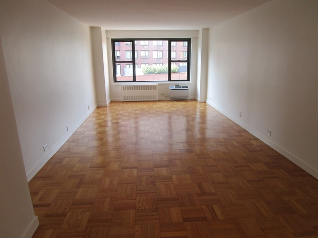 1 Bedroom, Greenwich Village Rental in NYC for $4,200 - Photo 1