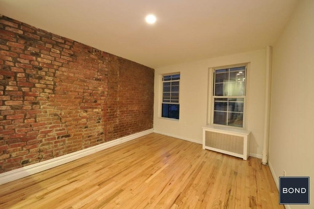 1 Bedroom, West Village Rental in NYC for $2,831 - Photo 2