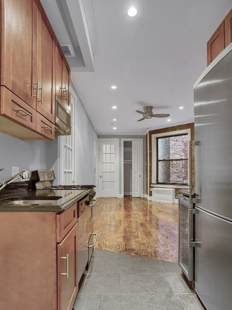 2 Bedrooms, Upper West Side Rental in NYC for $2,900 - Photo 2