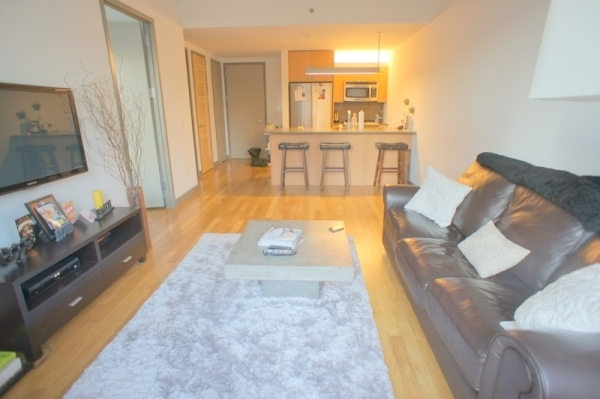 2 Bedrooms, Financial District Rental in NYC for $6,685 - Photo 2