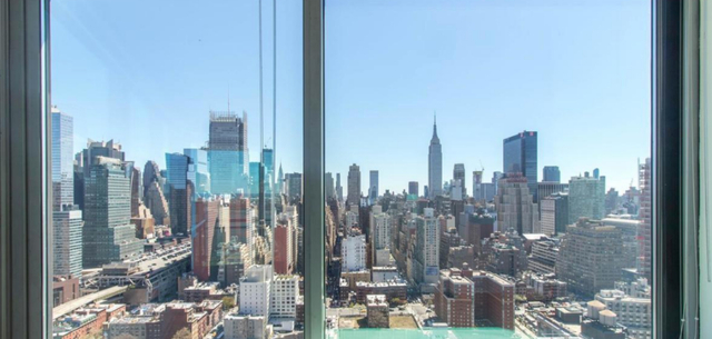 2 Bedrooms, Hell's Kitchen Rental in NYC for $3,999 - Photo 1