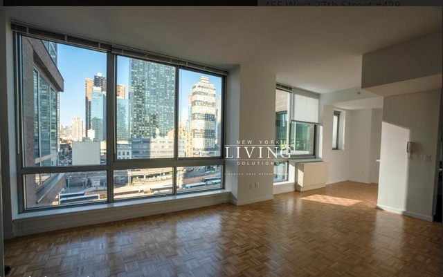 2 Bedrooms, Hell's Kitchen Rental in NYC for $3,385 - Photo 1