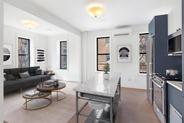 3 Bedrooms, West Village Rental in NYC for $6,000 - Photo 1