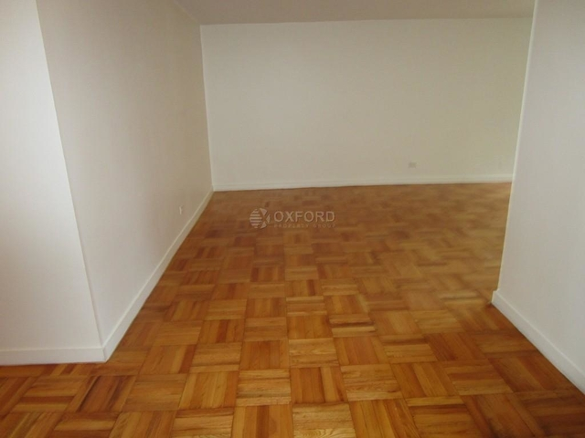 3 Bedrooms, Yorkville Rental in NYC for $8,300 - Photo 2