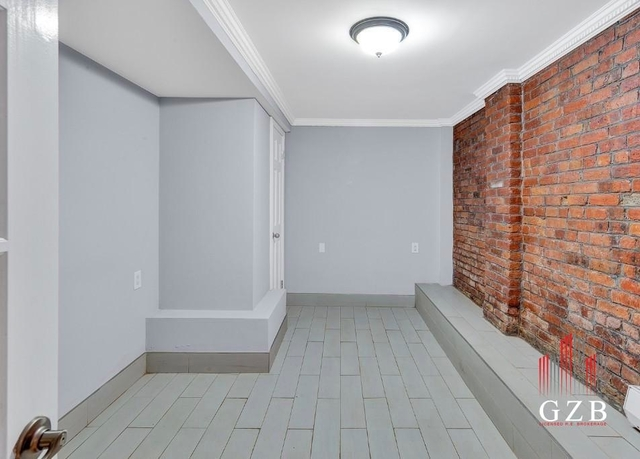3 Bedrooms, East Village Rental in NYC for $6,180 - Photo 1