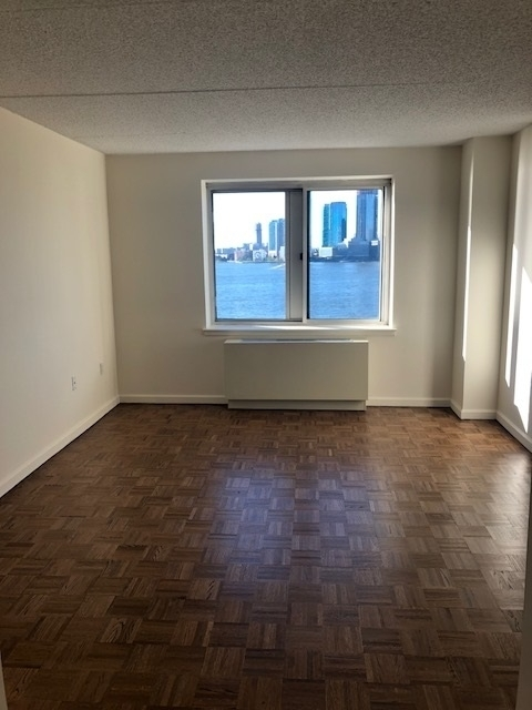 3 Bedrooms, Battery Park City Rental in NYC for $7,301 - Photo 1