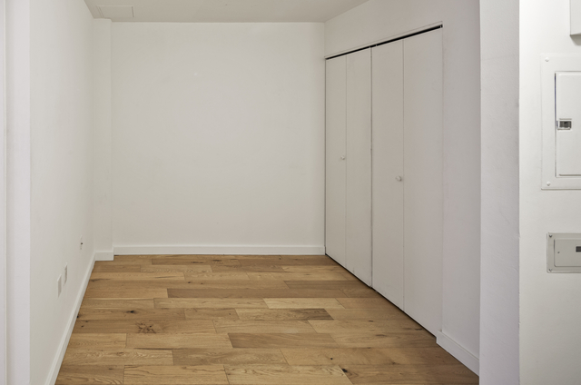 Studio, Financial District Rental in NYC for $3,276 - Photo 2