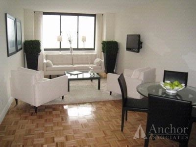 3 Bedrooms, Yorkville Rental in NYC for $4,535 - Photo 1