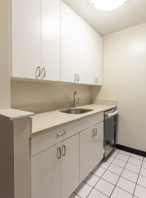 2 Bedrooms, Upper East Side Rental in NYC for $3,387 - Photo 1