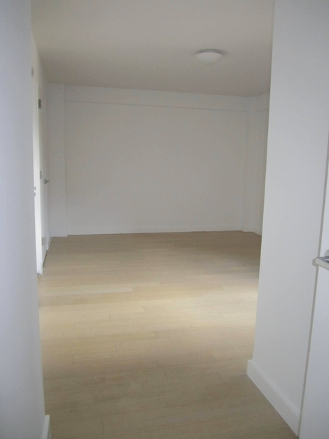 4 Bedrooms, Murray Hill Rental in NYC for $6,923 - Photo 2