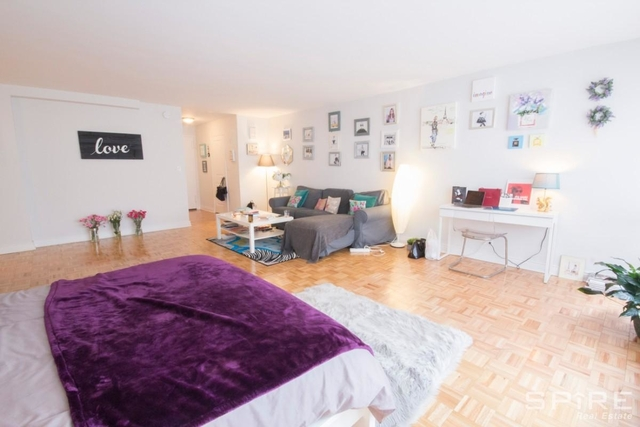 Studio, Lincoln Square Rental in NYC for $3,215 - Photo 2