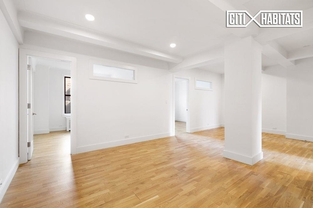 2 Bedrooms, Gramercy Park Rental in NYC for $5,300 - Photo 2