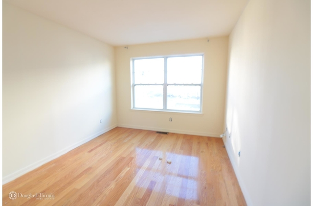 3 Bedrooms, Arverne Rental in NYC for $2,700 - Photo 1
