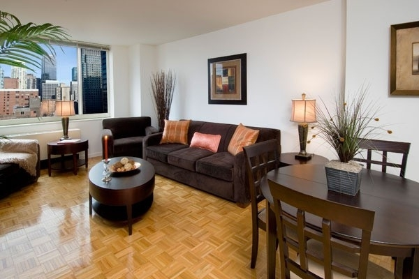 Studio, Theater District Rental in NYC for $3,508 - Photo 1