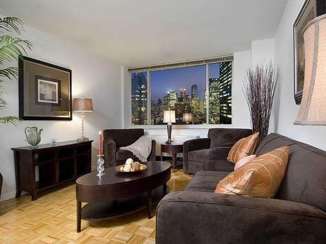 Studio, Theater District Rental in NYC for $3,508 - Photo 2