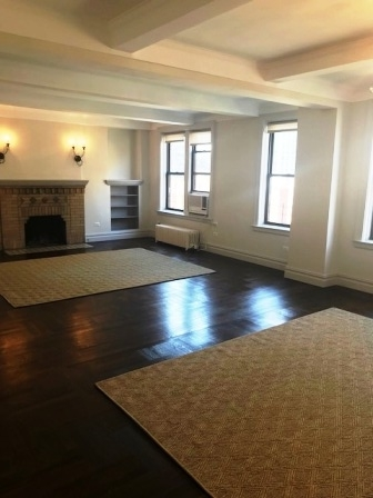 3 Bedrooms, Carnegie Hill Rental in NYC for $9,600 - Photo 2