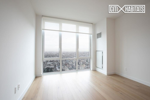 1 Bedroom, Long Island City Rental in NYC for $3,850 - Photo 2