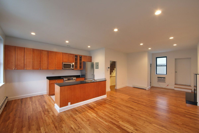 3 Bedrooms, Meatpacking District Rental in NYC for $8,500 - Photo 1