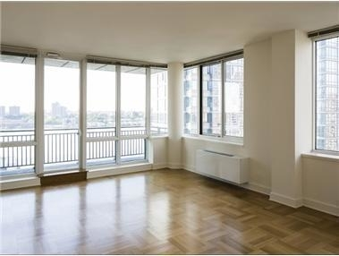 3 Bedrooms, Lincoln Square Rental in NYC for $7,990 - Photo 1