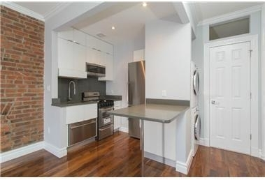 2 Bedrooms, Chelsea Rental in NYC for $8,995 - Photo 2