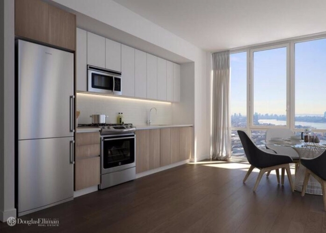 2 Bedrooms, Long Island City Rental in NYC for $4,455 - Photo 2
