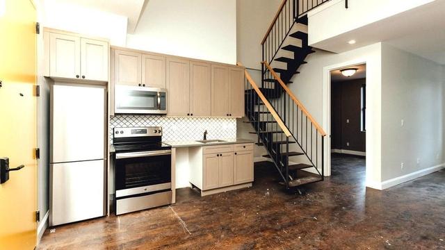 3 Bedrooms, Ridgewood Rental in NYC for $3,300 - Photo 2