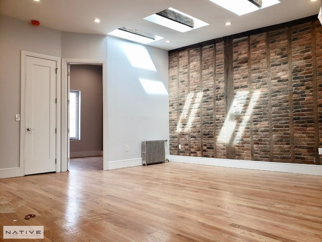 4 Bedrooms, Greenpoint Rental in NYC for $5,750 - Photo 1