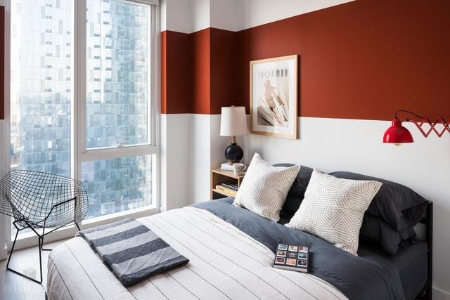 2 Bedrooms, Long Island City Rental in NYC for $3,960 - Photo 1